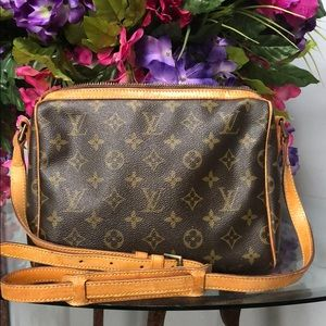 Louis Vuitton crossbody shoulder bag